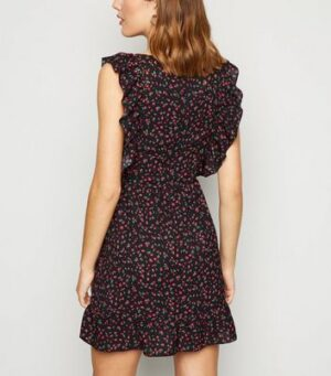 AX Paris Black Ditsy Floral Ruffle Mini Dress New Look