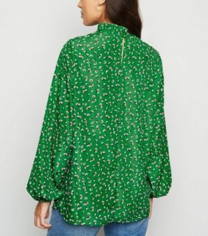 AX Paris Green Ditsy Floral Top New Look